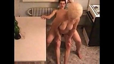 Mom son russian 1
