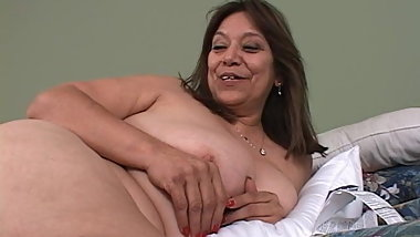 MARIA- Juicy Granny 2