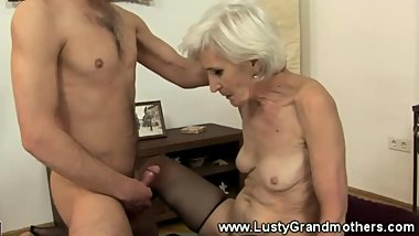 Hairy mature granny bounces on cock and loves it
