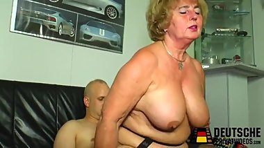 Granny step-mother is horny, suck step-son very beauty!