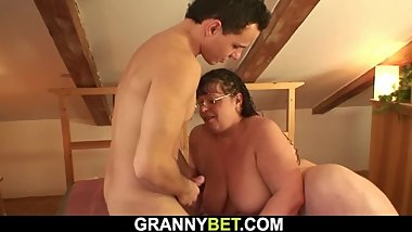 Fuck date with big tits chubby old woman