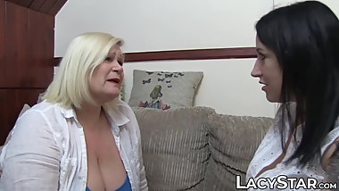 Granny Lacey Starr scissoring inked lesbian after oral