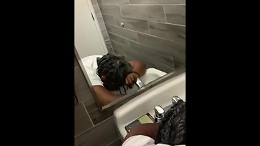 Black gallenger creampies a granny in the bathroom