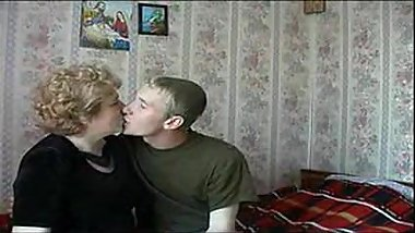 Russian granny fucked by young boy