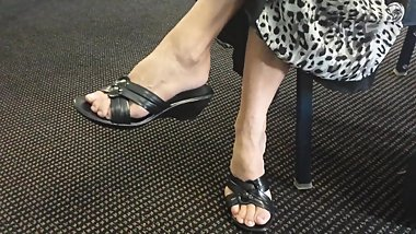 mature black wedge candid footfetish