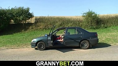 60 years old granny screwed roadside