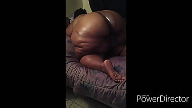 Oiled ssbbw licking nipples , dick taking anal old video