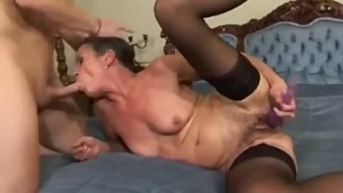 Granny pornstar Sandora gets fucked by male pornstar Lucky.
