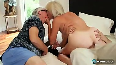 Leah L'amour _ 64 years old gilf cheating