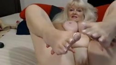 Granny blonde with gorgeous tits