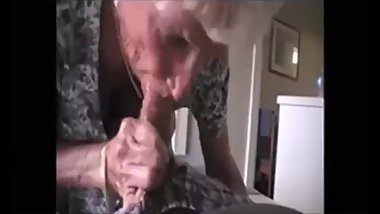 Mature granny Awsome blowjob