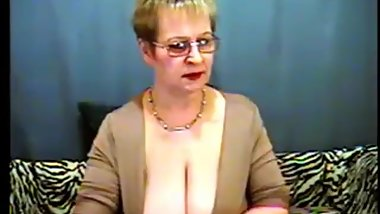 Sugar_Boobs_granny_adultmilf