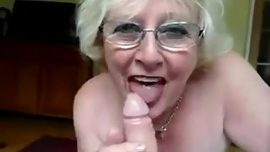 Sexy British Granny very experience cocksucker and loves to swallow