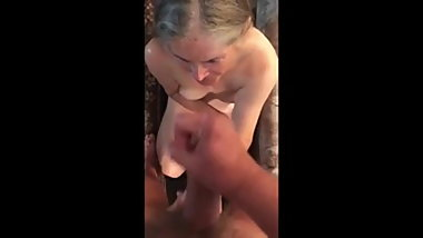 Onani- granny and cum