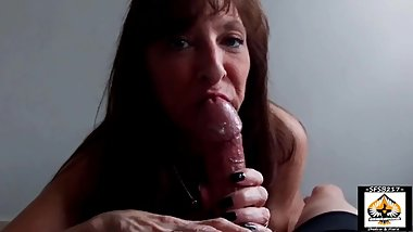 Black Nail Sexy Granny Pleasures A Thick Dick