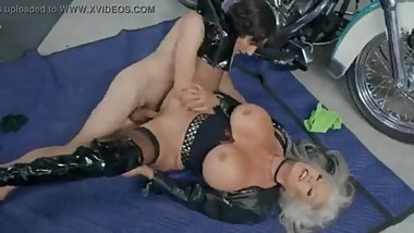 Sexy granny in leather fucking!
