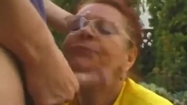Granny Mathilda blowjob outdoors